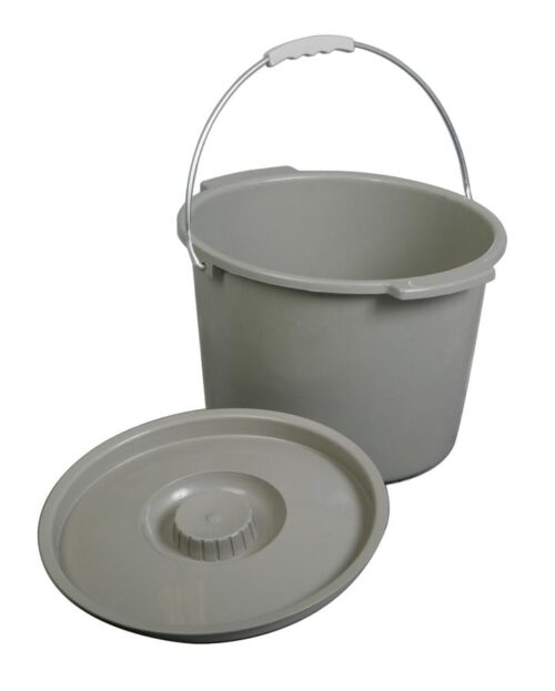 commode bucket with light fitting lid