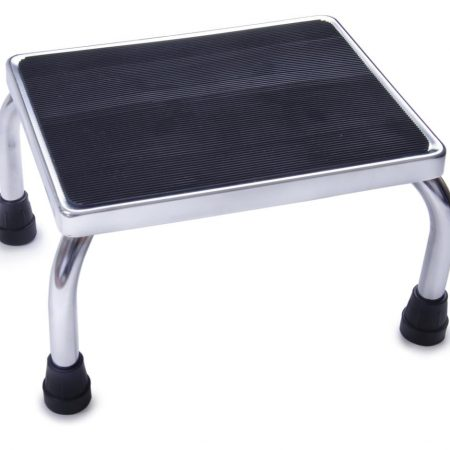 footstool to prevent falls with rubberized surface and no slip feet